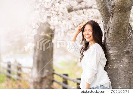 櫻桃女人肖像 76510572
