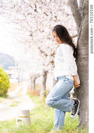 櫻桃女人肖像 76510586