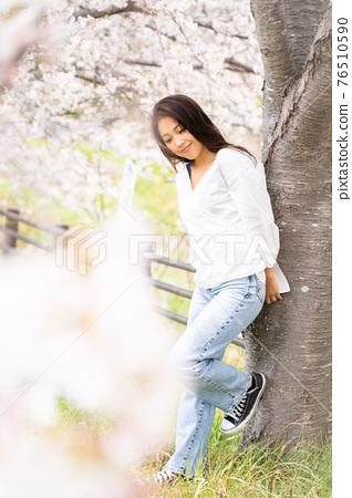 櫻桃女人肖像 76510590