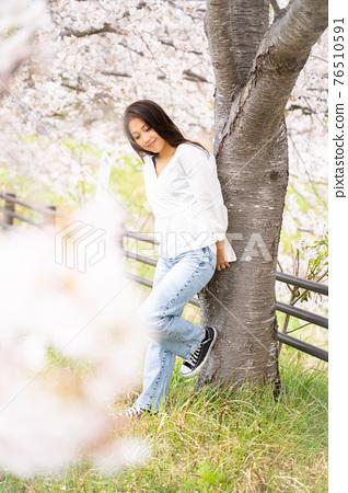 櫻桃女人肖像 76510591