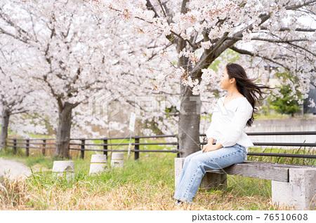 櫻桃女人肖像 76510608