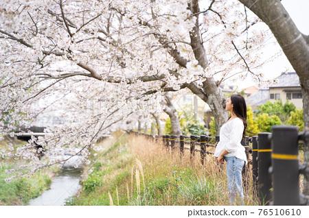 櫻桃女人肖像 76510610