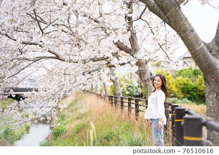 櫻桃女人肖像 76510616