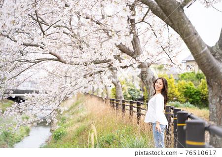 櫻桃女人肖像 76510617