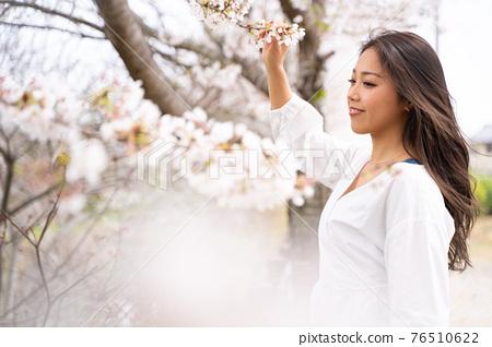 櫻桃女人肖像 76510622