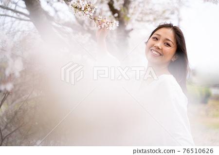 櫻桃女人肖像 76510626