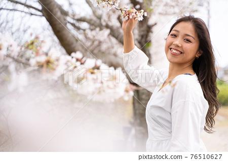 櫻桃女人肖像 76510627