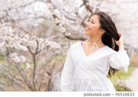 櫻桃女人肖像 76510633