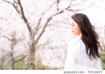 櫻桃女人肖像 76510645