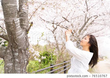 櫻桃女人肖像 76510767