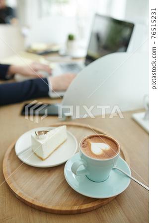 Dessert for businesswoman 76515231