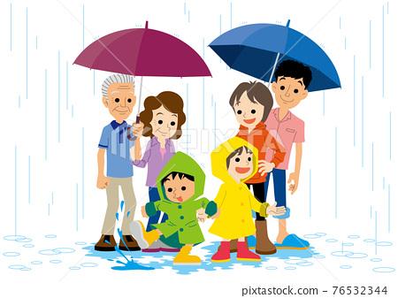 雨季 梅雨 下雨 76532344