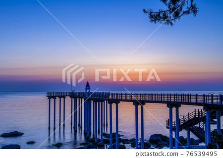 Sea, the  beach, Beach 76539495