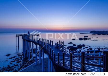 Sea, the  beach, Beach 76539501