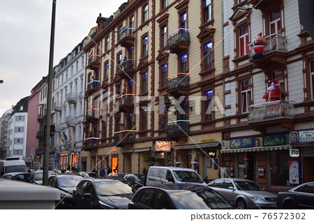 residential area, frankfurt, townscape 76572302