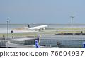 haneda airport, air plane, airplane 76604937