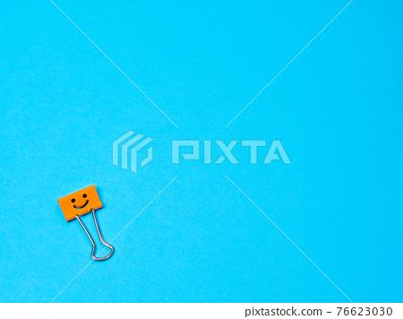 Funny smile metal binder clip 76623030