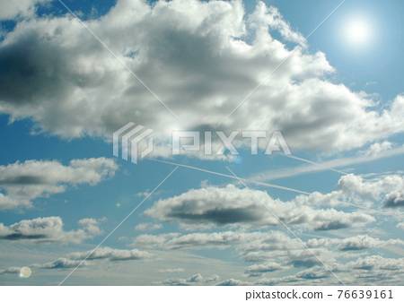 Cloudy sky background 76639161