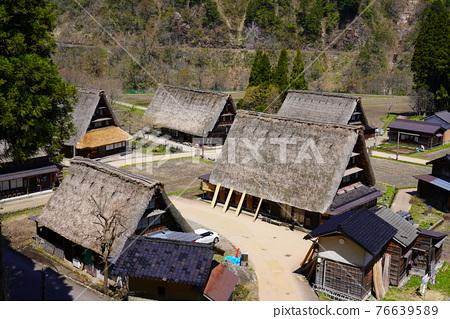 Kakinuma Gassho village built in spring 76639589