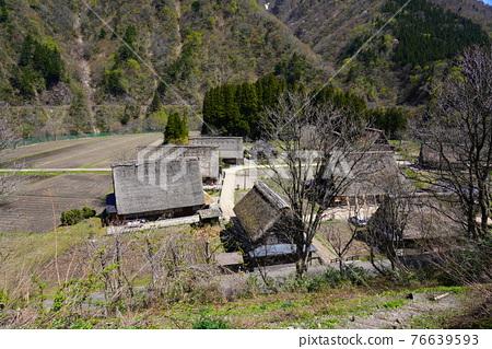 Kakinuma Gassho village built in spring 76639593