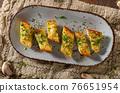 Butter garlic baguette 76651954