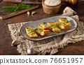 Butter garlic baguette 76651957