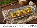 Butter garlic baguette 76651958