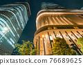 大阪市中心的中之島節日塔夜景 76689625