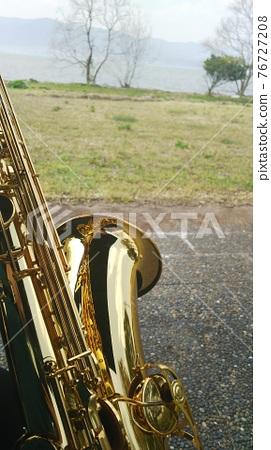 Saxophone 76727208