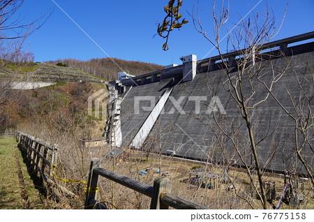 dam, concrete gravity dam, otaru 76775158