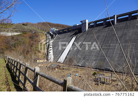 dam, concrete gravity dam, otaru 76775162