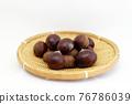 chestnut, chestnuts, japanese chestnut 76786039