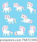 獨角獸的8個動作,例如站立,坐著和抬起腳。 76872399