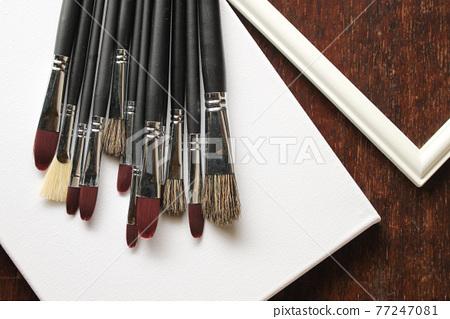 paint brush, painting brush, writing brush 77247081