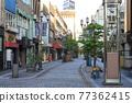 shopping strip, shopping arcade, cityscape 77362415