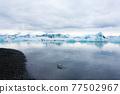 Icebergs on water, Jokulsarlon glacial lake, Iceland 77502967