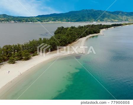 Amanohashidate beach (aerial view) 77900808