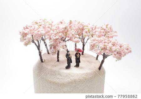 a fun of mini figure Kimino Dress under the cherry blossoms 77958862