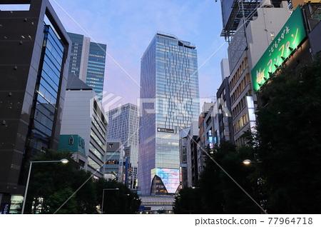 Shibuya 77964718