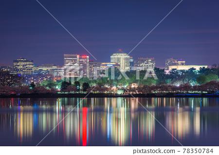 View of Rosslyn, Arlington, Virginia, USA from the tidal basin in Washington DC at Dusk 78350784
