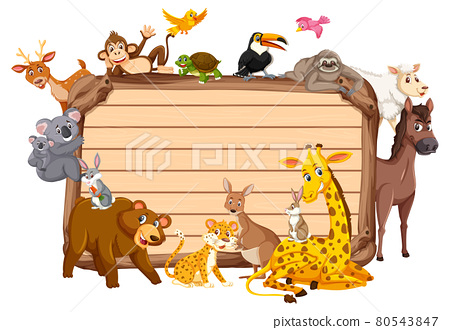 Empty wooden board with various wild animals 80543847