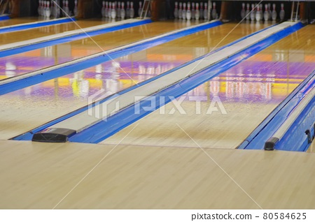 Bowling alley 80584625