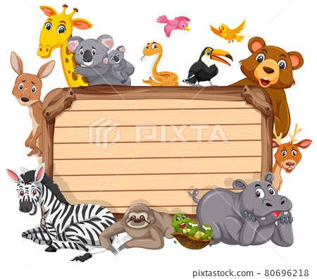Empty wooden board with various wild animals 80696218