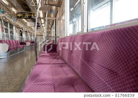 전차, 전철, 차내 81766839