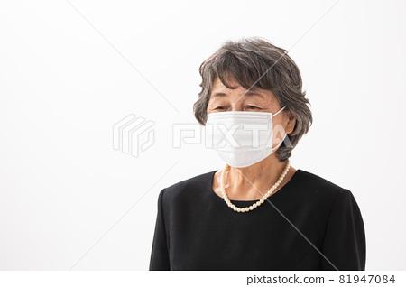 高級婦女葬禮合掌面具 81947084