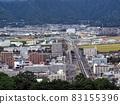 五代山的高知平原(通過高知市郊等的高速公路) 83155396